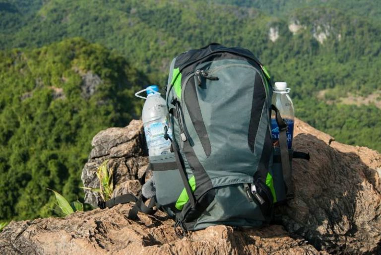 5 Essential Survival Items For Your Bug Out Bag
